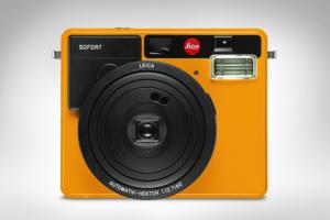 Leica Sofort front orange