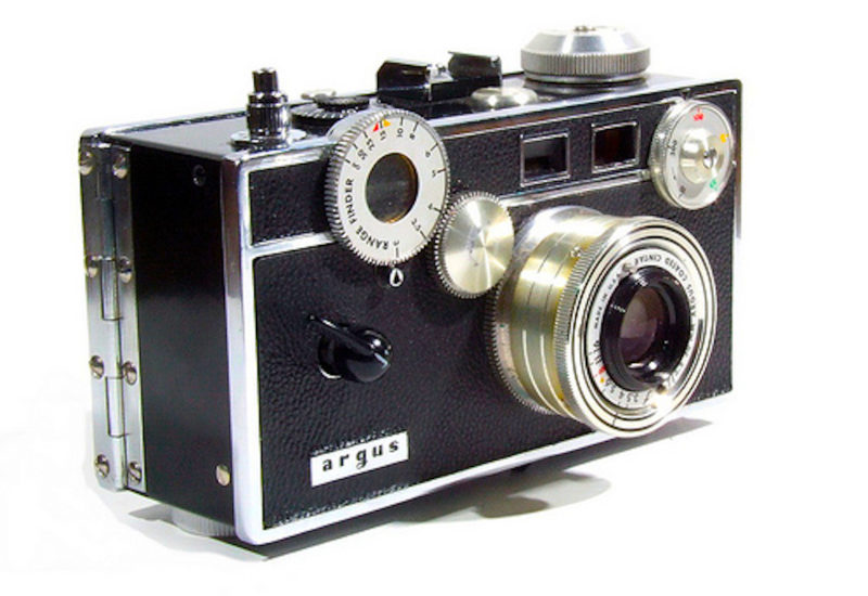 Analog photo Files presenta la fotocamera americana Argus C3